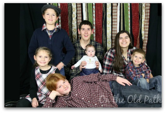 Family Pic all the kids 1